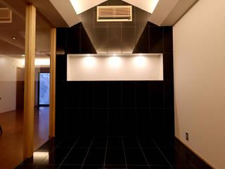 「IGAKANBE」伊賀神戸の家 和風の 玄関&廊下&階段 の CN-JAPAN/藤村正継 和風