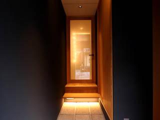 「京・聚楽廻の町家」町家再生住宅 和風の 玄関&廊下&階段 の CN-JAPAN/藤村正継 和風