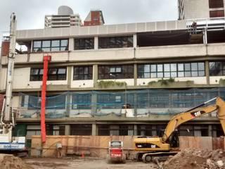 Reforma y ampliación Colegio San Martín de Tours | Ciudad de Buenos Aires Escuelas de estilo moderno de REZ Arquitectura | Diseño | Construcción Moderno