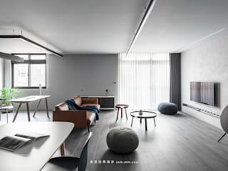 Minimalist living room by 湜湜空間設計 Minimalist