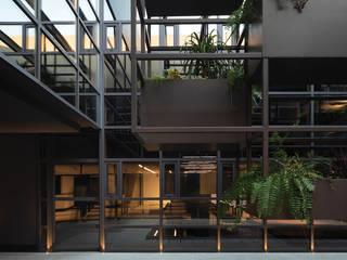 Showroom y Oficinas Arkoslight Nostromo Ibiza Estudios y despachos de estilo moderno