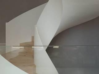 Treppen mit modernem Design von MetallArt Treppen GmbH Skandinavisch