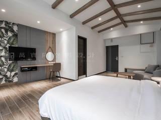 Kamar Tidur Modern Oleh SING萬寶隆空間設計 Modern
