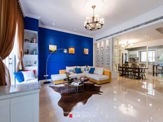 Salas de estar clássicas por 永硯室內設計 Clássico