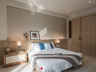 Camera da letto in stile scandinavo di 永硯室內設計 Scandinavo