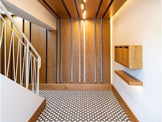 Modern Corridor, Hallway and Staircase by Holloway and Davel architects Modern