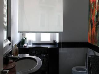 Moderne Badezimmer von Altro_Studio Modern