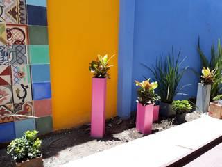 CASA RG - CHUBURNA:  de estilo industrial por EcoEntorno Paisajismo Urbano, Industrial