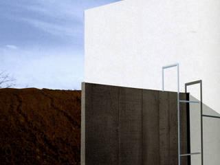 Altro_Studio Mediterranean style corridor, hallway and stairs
