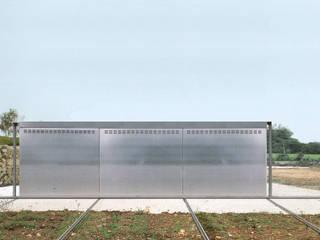 Altro_Studio Minimalist houses