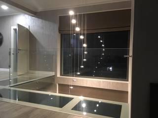 Moderne Badezimmer von СТЕКЛОВИЧ Modern
