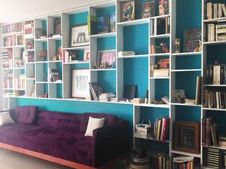 DISEÑO Y CONSTRUCCIÓN DE MUEBLES A LA MEDIDA Estudios y despachos modernos de Mulizh Decor Studio Moderno