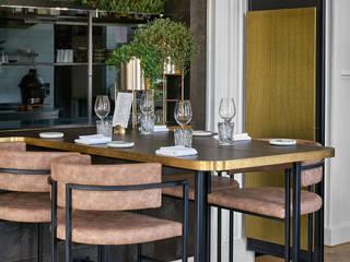 Espaços gastronômicos rústicos por SMEELE Ontwerpt & Realiseert Rústico