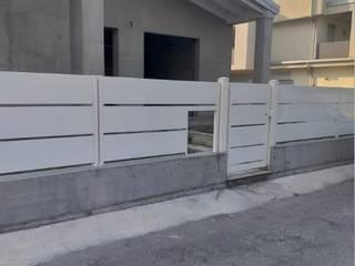 Cancelli e recinzioni di SteelMod Moderno