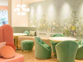 CLASSY-CHIC TEA ROOM IN THE MAGIC MOUNTAINS OF JAPAN Espaços comerciais clássicos por Essential Home Clássico