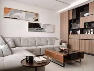 聖德天韻吳公館 现代客厅設計點子、靈感 & 圖片 根據 大漢創研室內裝修設計有限公司 現代風