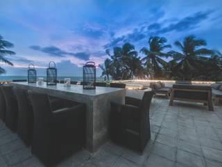 The Summer House Minimalist balcony, veranda & terrace by a-designstudio Minimalist