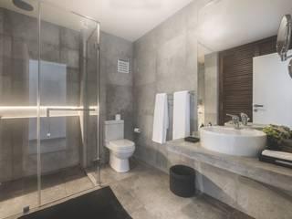 The Summer House Minimalist bathroom by a-designstudio Minimalist