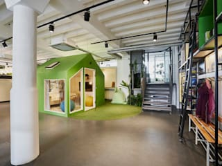 Modern office buildings by AGNES MORGUET Interior Art & Design Modern