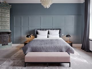 Classic style bedroom by scoopstudio Classic