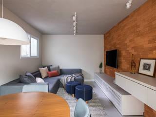 Mirá Arquitetura 现代客厅設計點子、靈感 & 圖片 磚塊 Multicolored