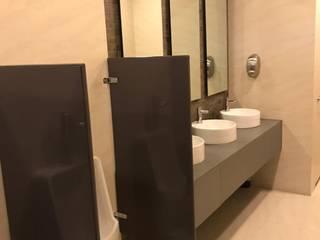 CANCELERÍA Y VIDRIO Baños modernos de Innova Dome Moderno