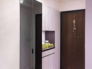 業傑室內設計 Classic style corridor, hallway and stairs Wood-Plastic Composite White