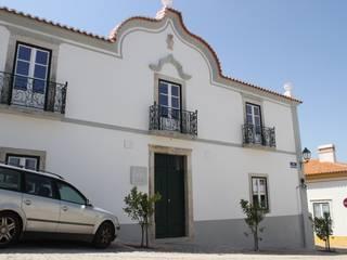 Edifício Fundação Caixa Agrícola da Costa Azul por Vinculo Original, Lda