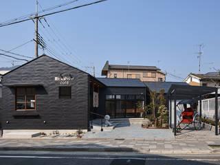 嵯峨嵐山のカフェ(新築) モダンな 家 の I.M.A DESIGN OFFICE (アイエムエーデザインオフィス)一級建築士事務所 モダン