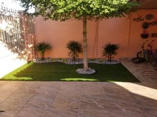 Jardines modernos: Ideas, imágenes y decoración de 🌳Servicios de jardinería Torres 🌳 Moderno