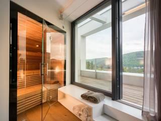 Modern Spa by Avantecture GmbH Modern