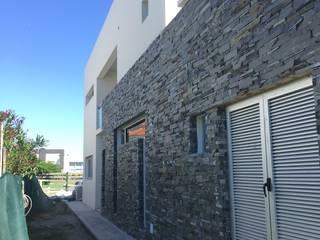 Nuevo Quilmes 2F04 Casas minimalistas de Bauwerk Arquitectura y Construccion Minimalista