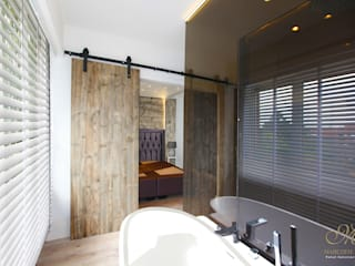 Rustic style bathroom by Marcotte Style Rustic