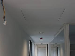 Ruang Studi/Kantor Klasik Oleh MultiServ. Multiservicios Malaga Klasik
