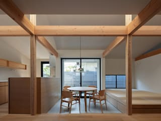 久木原工務店 Modern dining room Tiles