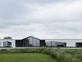 """Рабочий проект одноэтажного дома в современном стиле для лаборатории дизайна """"LAD"""" от Архитектор - проектировщик"""