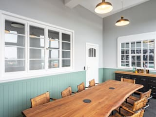 Industrial style dining room by raumdeuter GbR Industrial