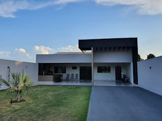 от Monteiro arquitetura e interiores Модерн