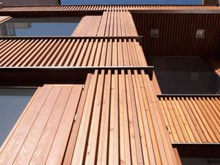 Rehabilitación Concejalía Urbanismo Ourense Edificios de oficinas de estilo escandinavo de Pablo Falcón arquitecto Escandinavo