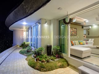 Residential Interior work : tropical  by Dreamplanners,Tropical