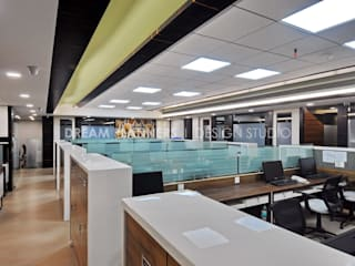 Commercial Interior Work by Dreamplanners Minimalist