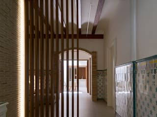 VIVIENDA PM SMB ARQUITECTURA Pasillos, vestíbulos y escaleras de estilo moderno