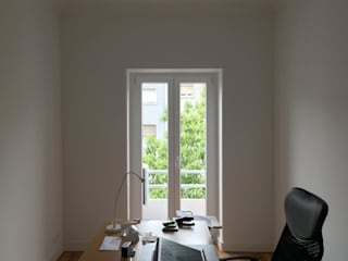 FMO ARCHITECTURE Minimalist study/office
