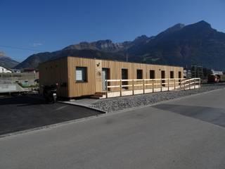 Modulares Bürogebäude aus Massivholz Klassische Bürogebäude von WoodCube GmbH Klassisch