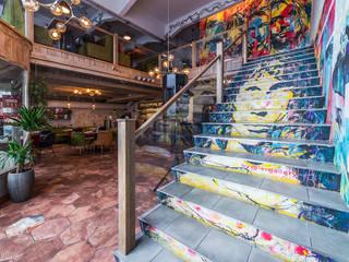 Ресторан бар Smoke on the water Бары и клубы в эклектичном стиле от Design Studio BLUE BIRD DESIGN by Irina Agafonova Эклектичный