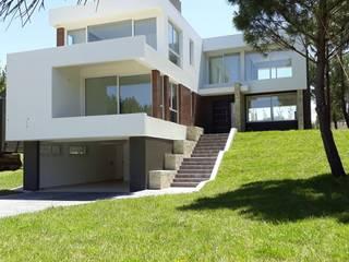 Casa Costa Esmeralda - en construccion de Sansó Arquitectura