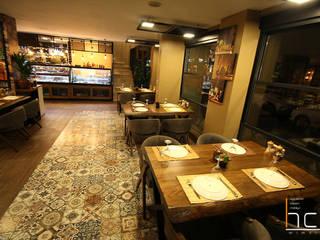 Bistro Cafe & Restaurant Tasarım ve Uygulama HCA Mimarlık İnş. Rek. San. Tic. LTD. ŞTİ. Ofis Alanları & Mağazalar Ahşap Ahşap rengi