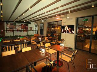 Bistro Cafe & Restaurant Tasarım ve Uygulama HCA Mimarlık İnş. Rek. San. Tic. LTD. ŞTİ. İç Dekorasyon Ahşap Ahşap rengi