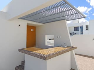 Terraza Panorámica | Casa Atlas Balcones y terrazas minimalistas de DOOR Arquitectos Minimalista