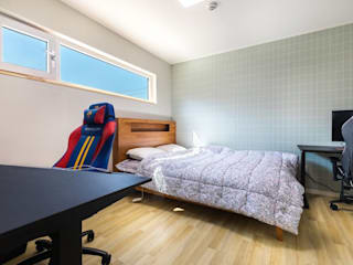 Modern Bedroom by 한글주택(주) Modern